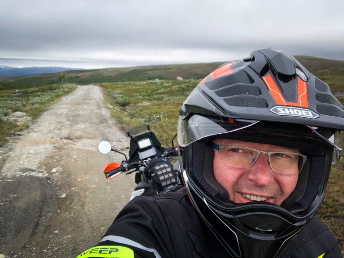 På KTM 790 Adventure R over Finnmarksvidda.